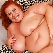Mature BBW Gets Her Pussy Pounded with Lady Lynn