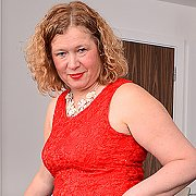 Naughty Curvy British Housewife Playing With Herself with Mrs. Robbo