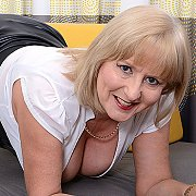 Horny Lorna Gets Her Self Off with Lorna Blu