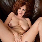 Showing That Body with Andi James