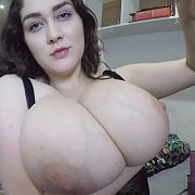 Webcam with Bella Brewer
