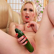 Cucumber with Tracey Hein