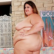 Fat N Sexy BBW Gets Naked And Shows All with Erin Green