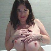 Webcam 188 with Rachel Aldana