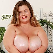 Full Figured BBW Gets Naked For You with Haley Jane