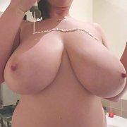 Webcam 27 with Lana Kendrick