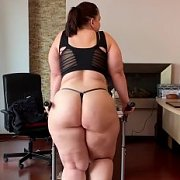 Big Booty Treadmill with Mia Sweetheart