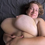 On Back Jiggle Show with Betsy