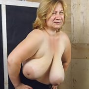 Huge Boobs Bouncing Hard with Betsy