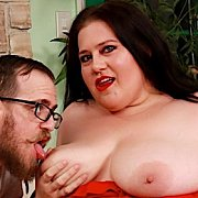 Sexy BBW Enjoys Fucking with Becki Butterfly
