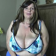 Massive Tits in Tops with Suzie Q