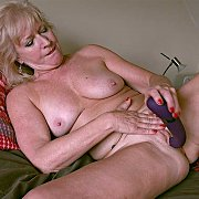 Hot Mature Blonde with Sapphire Louise