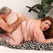 Fat And Beautiful Woman Gets Her Pussy Pounded Hard with Baby Doll BBW