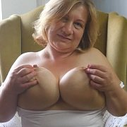 Busty Milf Braless with Betsy