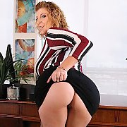 Boss Lady's Big Booty with Sara Jay