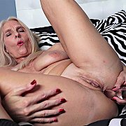 Anal Penetration with Chery Leigh