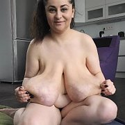 Macromastia Breasts Games with Alice 85JJ