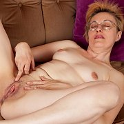 Amateur Mature with Barbara