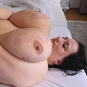 Super Sized Jiggling Tits with Sunniva Lind