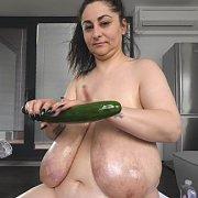 Giant Dildo for Massive Tits with Alice 85JJ