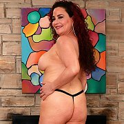 Sexy Mature Woman Gets Naked For You with Amanda Ryder