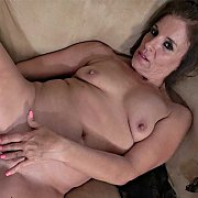MILF Enjoyment with Nicole Newby