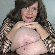 Big Tits Sandwich and Claps with Suzie Q