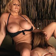 Curvy Girls with Karen Fisher, Sara Jay