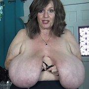 Milf Giant Tits with Suzie Q