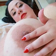 Juicy Tits to Grab with Amanzia