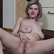 Hot Housewife with Sienna K