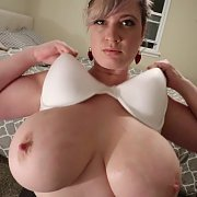 Webcam 35 Trailer with Lana Kendrick