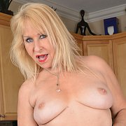 Mature Hot Blonde with Sandy Pierce