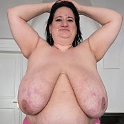 BBW Full Body Tit Queen with Sunniva Lind