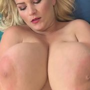 Jiggly Wiggly Blonde with Erin Star