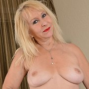 Mature and Sexy with Sandy Pierce