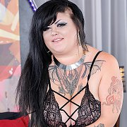 Horny BBW Gets Naked And Shows It All with Sasha Siren