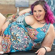 Big And Bulky BBW Takes Off Her Clothes with Sara Star