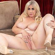 Mature Blonde Plumper Masturbates with Lila Lovely