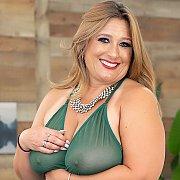 Sexy BBWs Get Naked with Mia Cummins, Tiffany Star BBW
