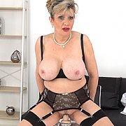 Dildo Nurse Live Stream Footage with Lady Sonia